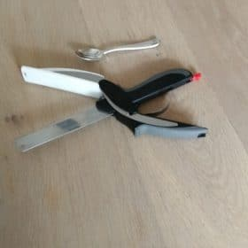 Clever Cutter - Kitchen Scissors with Cutting Board - marketus store photo review