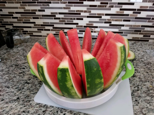 WODEAIR Mighty Watermelon Slicer photo review